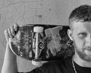Skateboard (16)