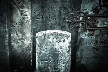 tombes 2 (Annick Sauvé)